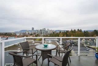 "Photo 10: 7 973 W 7TH Avenue in Vancouver: Fairview VW Condo for sale in ""SEAWINDS"" (Vancouver West)  : MLS®# R2338483"
