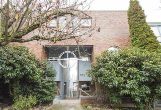 "Photo 18: 7 973 W 7TH Avenue in Vancouver: Fairview VW Condo for sale in ""SEAWINDS"" (Vancouver West)  : MLS®# R2338483"