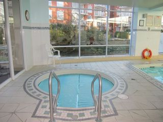 "Photo 19: 507 688 FAIRCHILD Road in Vancouver: Oakridge VW Condo for sale in ""Fairchild Court"" (Vancouver West)  : MLS®# R2340020"