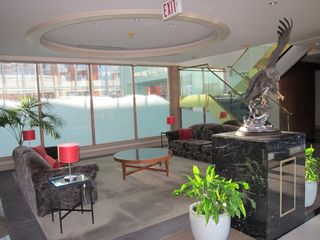 "Photo 2: 507 688 FAIRCHILD Road in Vancouver: Oakridge VW Condo for sale in ""Fairchild Court"" (Vancouver West)  : MLS®# R2340020"