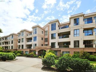 Main Photo: 217 545 Manchester Road in VICTORIA: Vi Burnside Condo Apartment for sale (Victoria)  : MLS®# 405653