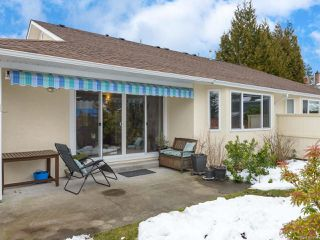Photo 8: 9 1501 Balmoral Ave in COMOX: CV Comox (Town of) Row/Townhouse for sale (Comox Valley)  : MLS®# 806761