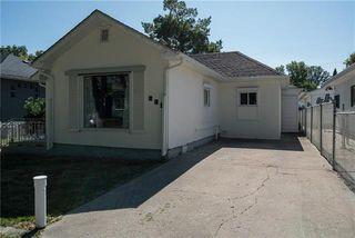 Photo 2: 242 Hazel Dell Avenue in Winnipeg: East Kildonan Residential for sale (3D)  : MLS®# 1907573