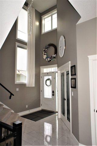 Photo 3: 9 MONARCH Close: Fort Saskatchewan House for sale : MLS®# E4150877