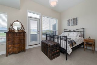 "Photo 15: 9 36099 WATERLEAF Place in Abbotsford: Abbotsford East Townhouse for sale in ""Vantage at Whatcom"" : MLS®# R2359732"