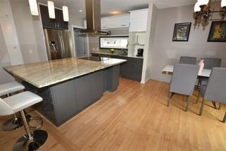 Photo 5: 10205 133 Street in Edmonton: Zone 11 House for sale : MLS®# E4154466