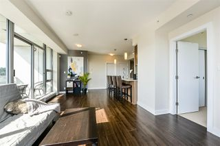 Photo 6: 2307 301 CAPILANO Road in Port Moody: Port Moody Centre Condo for sale : MLS®# R2378960