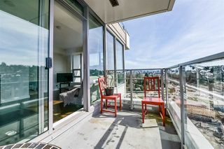Photo 10: 2307 301 CAPILANO Road in Port Moody: Port Moody Centre Condo for sale : MLS®# R2378960