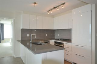 Photo 3: 3102 6658 DOW Avenue in Burnaby: Metrotown Condo for sale (Burnaby South)  : MLS®# R2383626