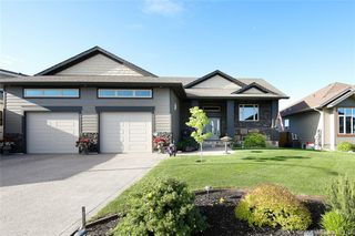 Photo 2: 33 Palisades Street in Blackfalds: BS Panorama Estates Residential for sale : MLS®# CA0171134
