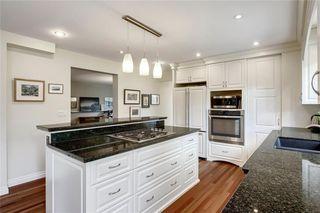 Photo 16: 136 OAKMOUNT Road SW in Calgary: Oakridge Detached for sale : MLS®# C4255833