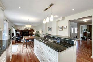Photo 13: 136 OAKMOUNT Road SW in Calgary: Oakridge Detached for sale : MLS®# C4255833