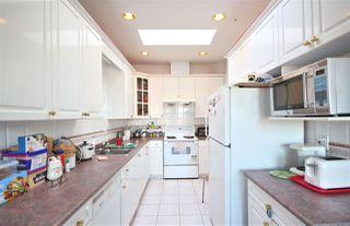 "Photo 8: 5657 KERR Street in Vancouver: Collingwood VE House for sale in ""Collingwood"" (Vancouver East)  : MLS®# R2384595"