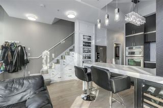 """Photo 9: 101 REGIMENT Square in Vancouver: Downtown VW Townhouse for sale in """"Spectrum"""" (Vancouver West)  : MLS®# R2386608"""