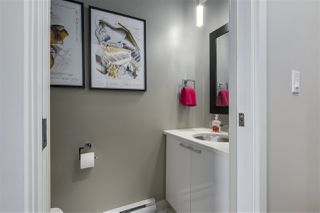"""Photo 13: 101 REGIMENT Square in Vancouver: Downtown VW Townhouse for sale in """"Spectrum"""" (Vancouver West)  : MLS®# R2386608"""