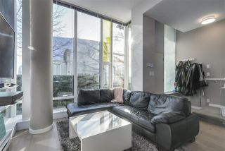 """Photo 7: 101 REGIMENT Square in Vancouver: Downtown VW Townhouse for sale in """"Spectrum"""" (Vancouver West)  : MLS®# R2386608"""