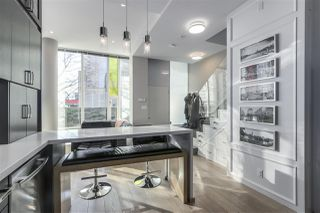 """Photo 12: 101 REGIMENT Square in Vancouver: Downtown VW Townhouse for sale in """"Spectrum"""" (Vancouver West)  : MLS®# R2386608"""