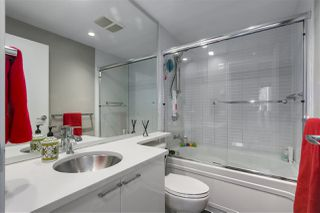 """Photo 15: 101 REGIMENT Square in Vancouver: Downtown VW Townhouse for sale in """"Spectrum"""" (Vancouver West)  : MLS®# R2386608"""