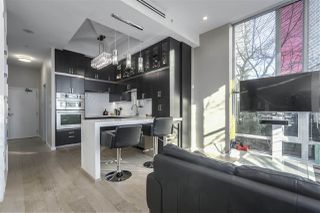 """Photo 5: 101 REGIMENT Square in Vancouver: Downtown VW Townhouse for sale in """"Spectrum"""" (Vancouver West)  : MLS®# R2386608"""