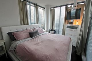 """Photo 17: 101 REGIMENT Square in Vancouver: Downtown VW Townhouse for sale in """"Spectrum"""" (Vancouver West)  : MLS®# R2386608"""