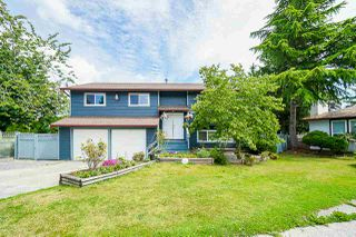Photo 1: 15420 96A Avenue in Surrey: Guildford House for sale (North Surrey)  : MLS®# R2388526