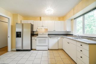 Photo 6: 15420 96A Avenue in Surrey: Guildford House for sale (North Surrey)  : MLS®# R2388526