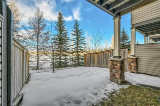 Photo 25: 40 EVERSYDE Park SW in Calgary: Evergreen Row/Townhouse for sale : MLS®# C4283416