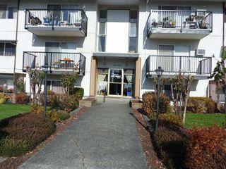 Main Photo: 107 46165 GORE Avenue in Chilliwack: Chilliwack E Young-Yale Condo for sale : MLS®# R2447016