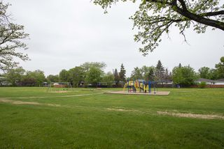 Photo 33: 41 Cabot Crescent in Winnipeg: Pulberry Residential for sale (2C)  : MLS®# 202011404