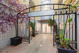 Photo 6: 303 2929 W 4TH Avenue in Vancouver: Kitsilano Condo for sale (Vancouver West)  : MLS®# R2480581