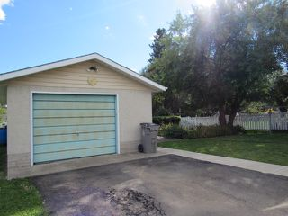 Photo 2: 10103 99 Avenue in Morinville: House for rent