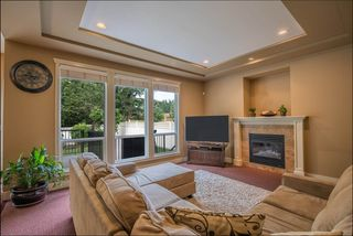 Photo 9: 10347 164A Street in Surrey: Fraser Heights House for sale (North Surrey)  : MLS®# R2499285