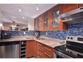 """Photo 2: 109 910 W 8TH Avenue in Vancouver: Fairview VW Condo for sale in """"THE RHAPSODY"""" (Vancouver West)  : MLS®# V871351"""