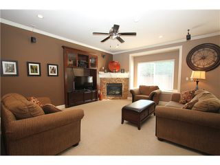 Photo 3: Beautiful 4 Bedroom Ladner Home