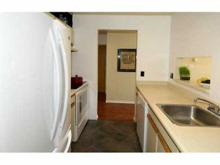 "Photo 6: 307 555 W 14TH Avenue in Vancouver: Fairview VW Condo for sale in ""CAMBRIDGE PLACE"" (Vancouver West)  : MLS®# V1055702"
