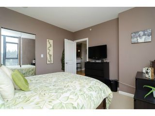 "Photo 14: 1801 15 E ROYAL Avenue in New Westminster: Fraserview NW Condo for sale in ""VICTORIA HILL"" : MLS®# V1058425"