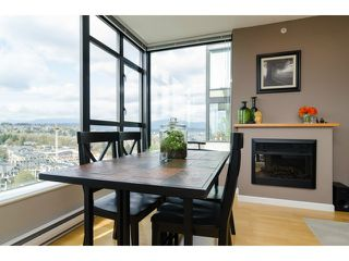 "Photo 12: 1801 15 E ROYAL Avenue in New Westminster: Fraserview NW Condo for sale in ""VICTORIA HILL"" : MLS®# V1058425"