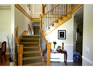 Photo 2: 8358 144TH Street in Surrey: Bear Creek Green Timbers House for sale : MLS®# F1414921