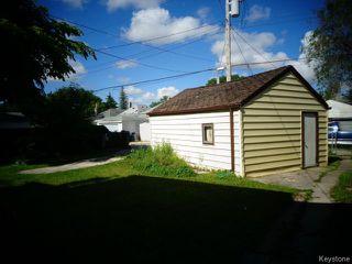 Photo 2: 280 Marjorie Street in WINNIPEG: St James Residential for sale (West Winnipeg)  : MLS®# 1415038