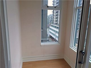 "Photo 6: 703 720 CARNARVON Street in New Westminster: Downtown NW Condo for sale in ""CARNARVON TOWERS"" : MLS®# V1089778"