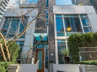 "Photo 2: TH1 1233 W CORDOVA Street in Vancouver: Coal Harbour Townhouse for sale in ""CARINA"" (Vancouver West)  : MLS®# V1110178"