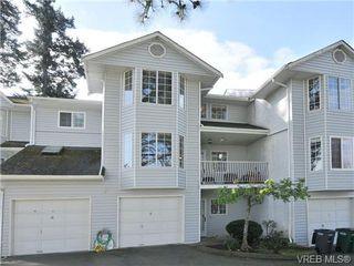 Photo 1: 5 3993 Columbine Way in VICTORIA: SW Tillicum Row/Townhouse for sale (Saanich West)  : MLS®# 696944