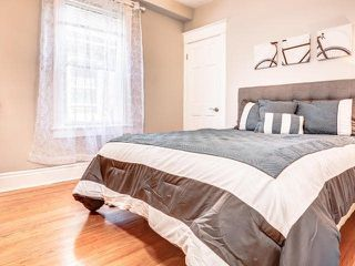 Photo 4: 122 Bertmount Avenue in Toronto: South Riverdale House (3-Storey) for sale (Toronto E01)  : MLS®# E3240996