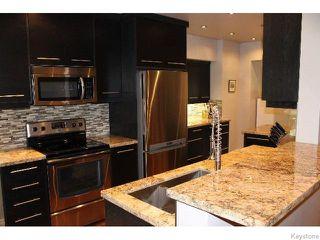 Photo 2: 349 Borebank Street in WINNIPEG: River Heights / Tuxedo / Linden Woods Residential for sale (South Winnipeg)  : MLS®# 1518387