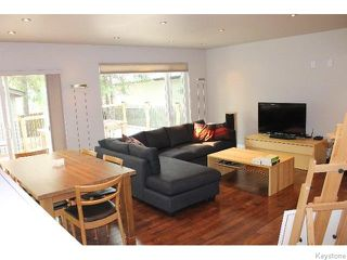 Photo 9: 349 Borebank Street in WINNIPEG: River Heights / Tuxedo / Linden Woods Residential for sale (South Winnipeg)  : MLS®# 1518387