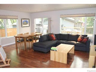 Photo 8: 349 Borebank Street in WINNIPEG: River Heights / Tuxedo / Linden Woods Residential for sale (South Winnipeg)  : MLS®# 1518387