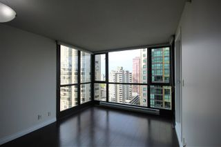 Photo 4: 1807 1331 ALBERNI Street in Vancouver: West End VW Condo for sale (Vancouver West)  : MLS®# R2009426