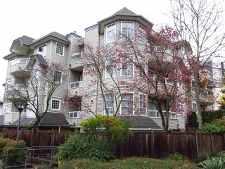 "Photo 1: 204 1481 E 4TH Avenue in Vancouver: Grandview VE Condo for sale in ""Scenic Villa"" (Vancouver East)  : MLS®# R2015438"