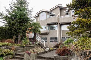 Photo 1: 312 E 11TH Street in North Vancouver: Central Lonsdale 1/2 Duplex for sale : MLS®# R2029471