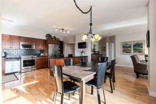 "Photo 1: 611 1442 FOSTER Street: White Rock Condo for sale in ""White Rock Square 3"" (South Surrey White Rock)  : MLS®# R2040854"